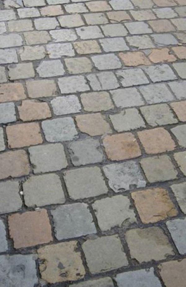 Blue Brown Limestone Cobbles