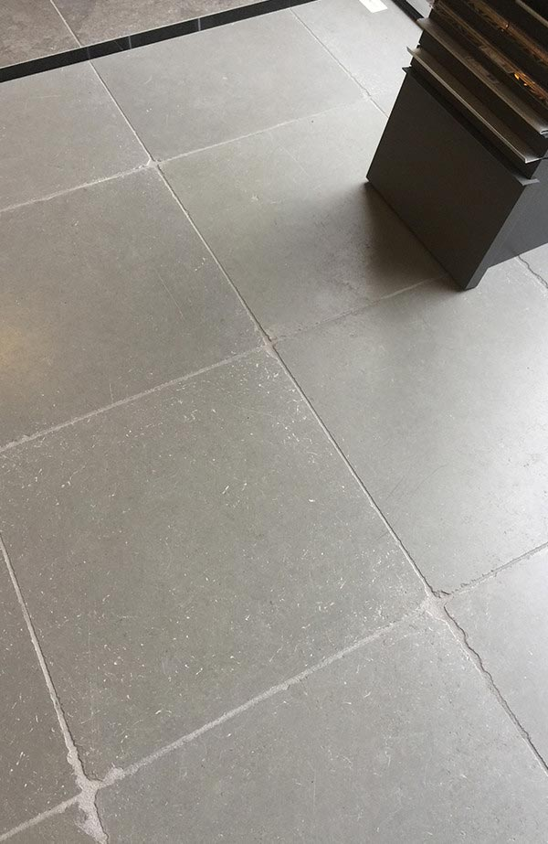 Tandur Grey Honed Tumbled Paving